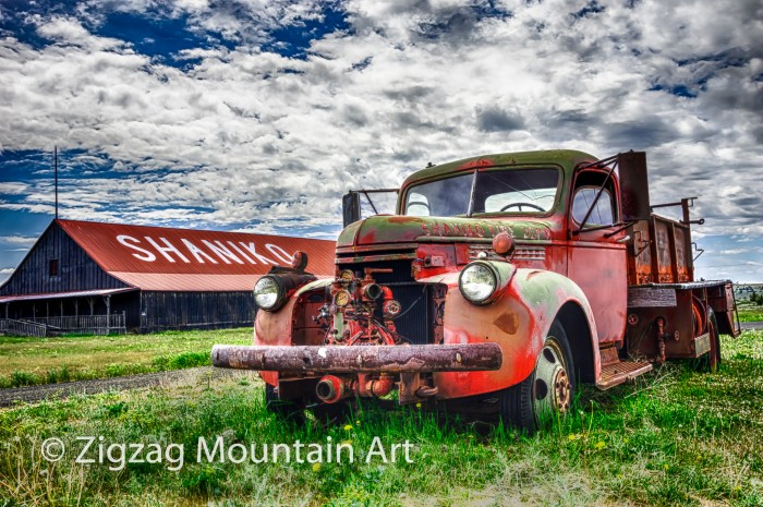 Shaniko Fire Truck - 24 x 16 - Photography