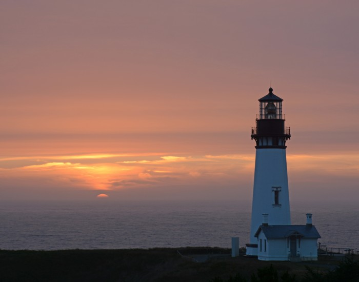 Yaquina Head Lighthouse, Newport, OR - 20 x 16 - Photography
