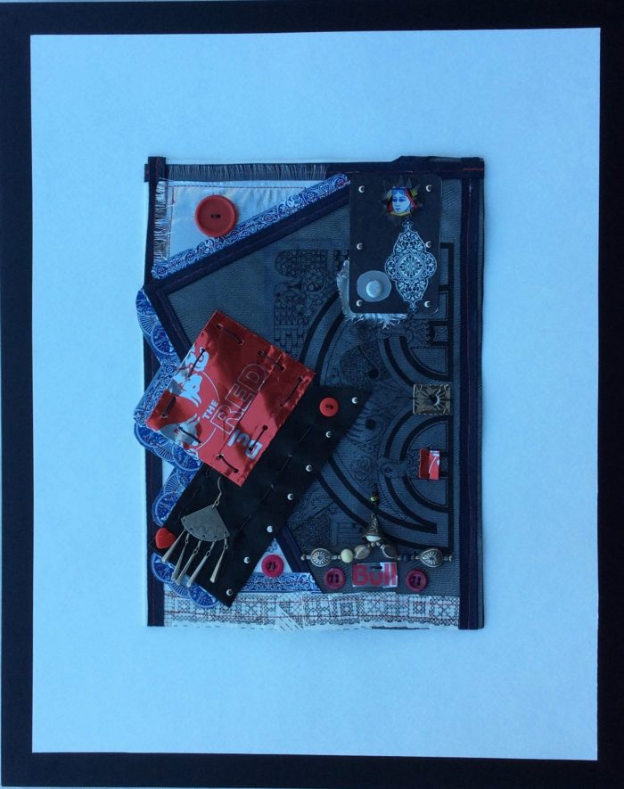 Red Queen 1 - 14 x 18 - Assemblage